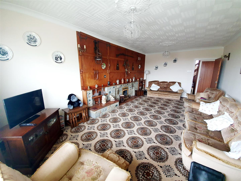 Penybanc Lane, Gorseinon, Swansea, SA4 4FZ